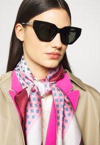 Gucci - Sunglasses - black/silver/grey - 1