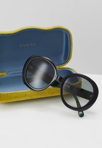Gucci - Sunglasses - black/green/grey - 4