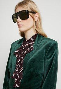 Gucci - Sunglasses - black/green - 3