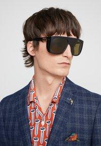 Gucci - Sunglasses - black/green - 1