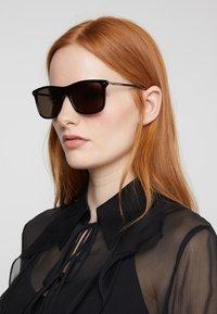 Gucci - Sonnenbrille - black/ruthenium/grey - 3
