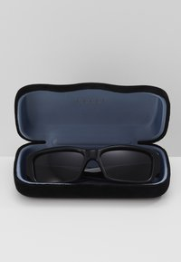 Gucci - Sunglasses - black/black-grey - 3