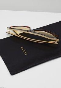 Gucci - Okulary przeciwsłoneczne - havana-orange - 3