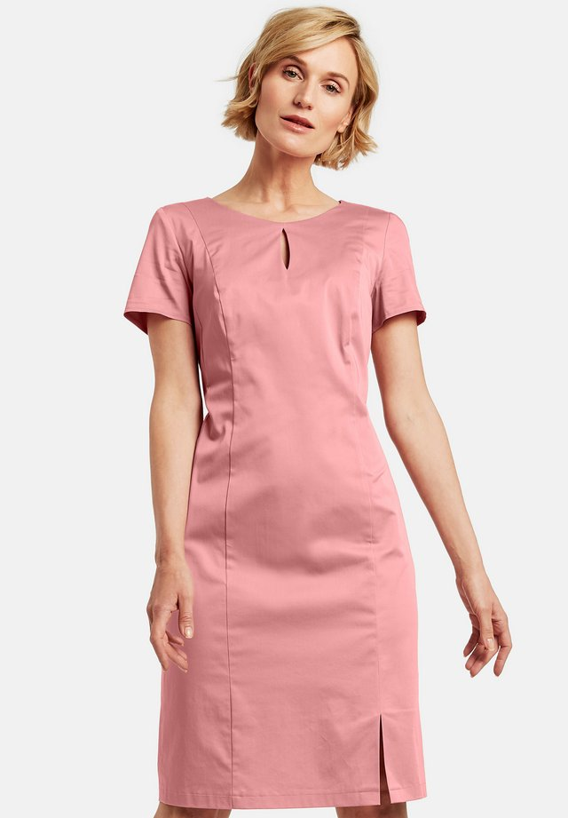 Etui-jurk - pastel rose