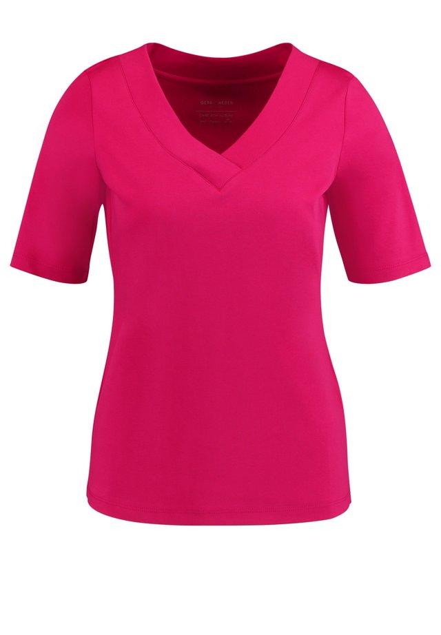 MIT V-AUSSCHNITT - T-Shirt basic - deep fuchsia