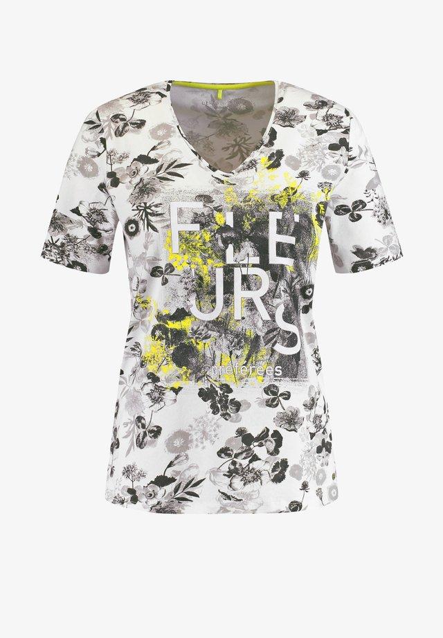 T-SHIRT 1/2 ARM 1/2 ARM SHIRT FLEURS - T-shirt imprimé - ecru/weiss/gelb druck