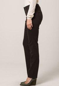 Gerry Weber Edition - ROXY - Straight leg jeans - braun - 3