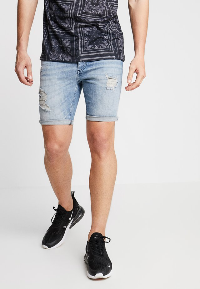 DISTRESSED  - Jeans Shorts - light wash blue