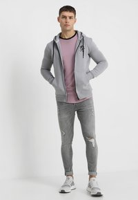 Gym King - DISTRESSED - Jeans Skinny Fit - mid grey - 1