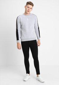Gym King - SKINNY PLAIN  - Jeans Skinny Fit - black - 1