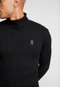 Gym King - MUSCLE FIT ROLL NECK  - Stickad tröja - black - 5