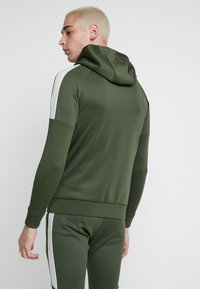Gym King - CORE PLUS TRACKSUIT TOP - Trainingsvest - forest/stone - 2