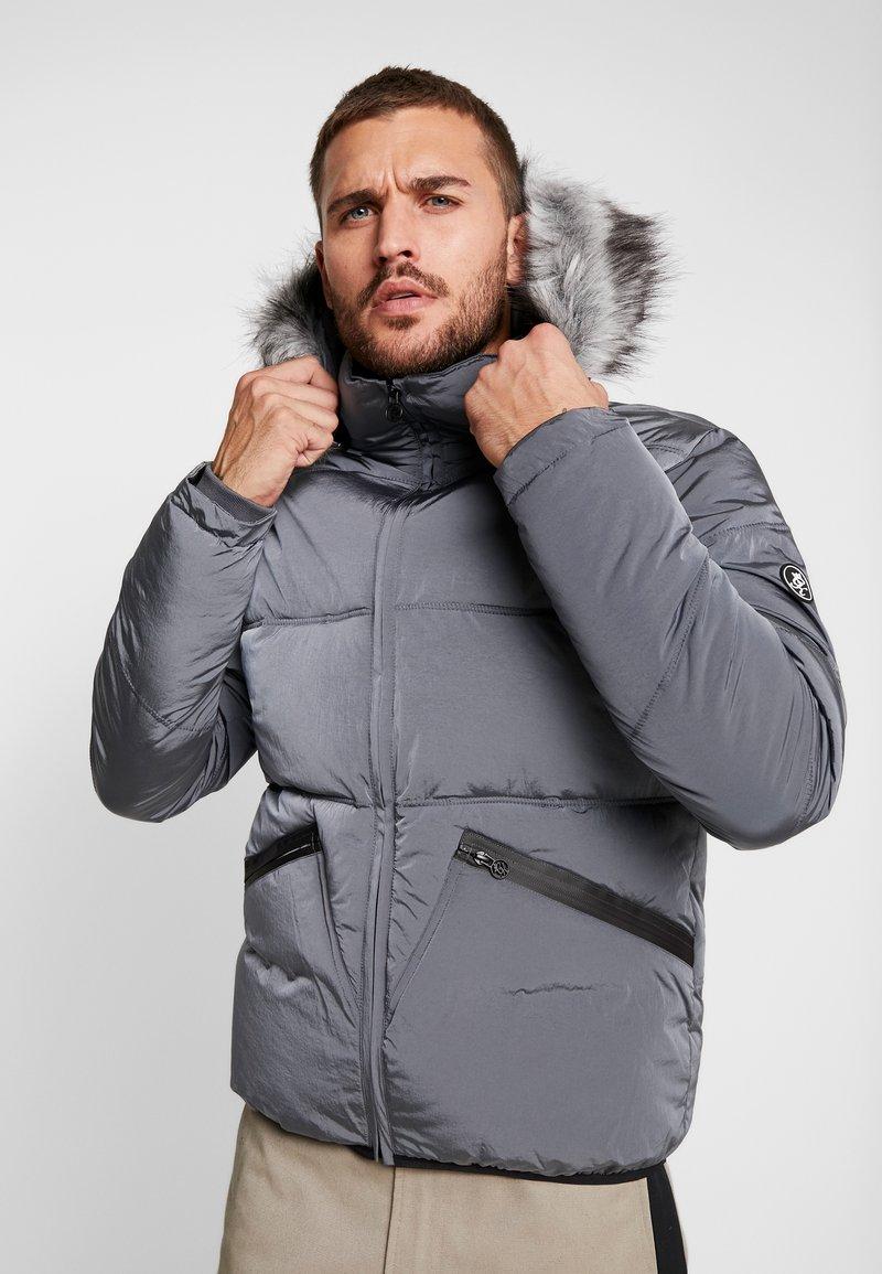 Gym King - MAGELLAN SHORT  - Zimní bunda - steel