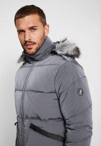 Gym King - MAGELLAN SHORT  - Zimní bunda - steel - 3