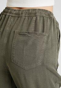 Hollister Co. - Kalhoty - olive - 6