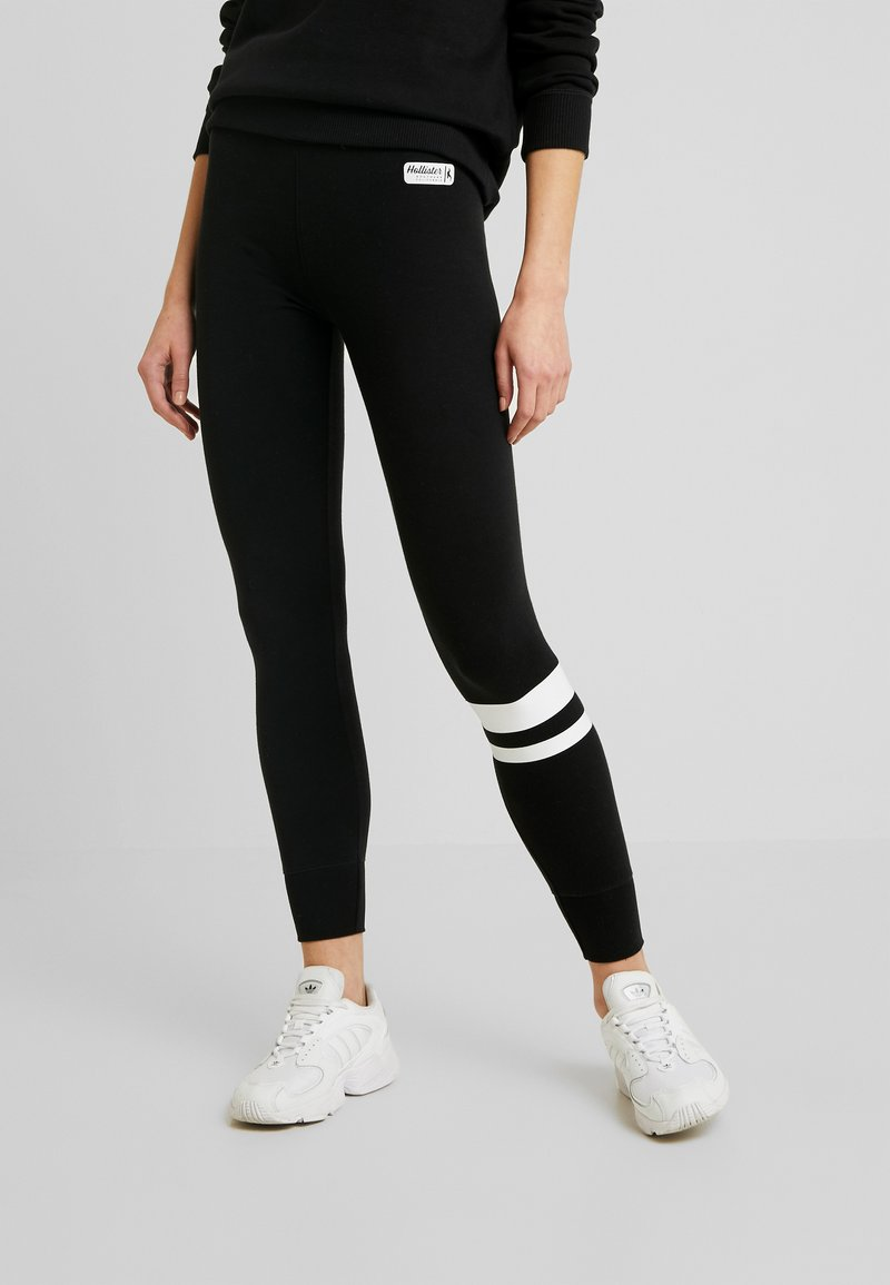 Hollister Co. - SPORTY LOGO FLEGGING - Legíny - black