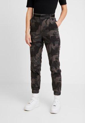 JOGGER TRIM - Spodnie materiałowe - black pattern