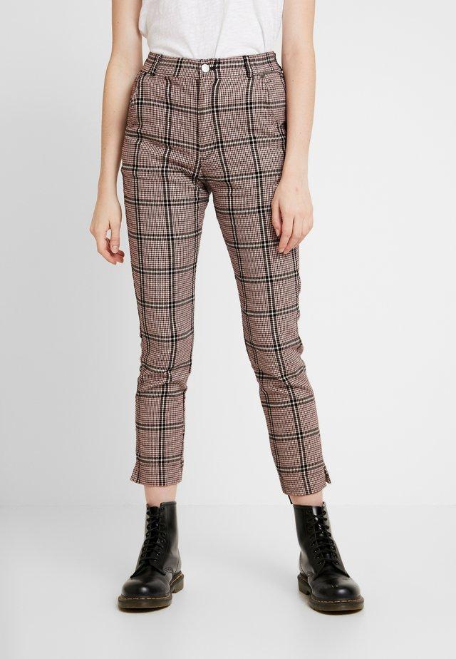 Pantalones - tan