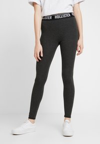 Hollister Co. - GRAPHIC - Legginsy - grey leg logo - 0