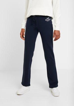 TIMELESS STRAIGHT LEG - Teplákové kalhoty - navy
