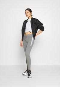 Hollister Co. - LOGO FLEGGING - Teplákové kalhoty - grey - 1