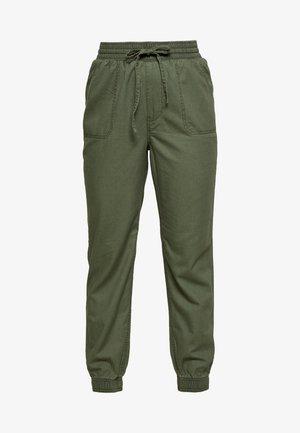 DRAPEY JOGGER - Spodnie treningowe - olive