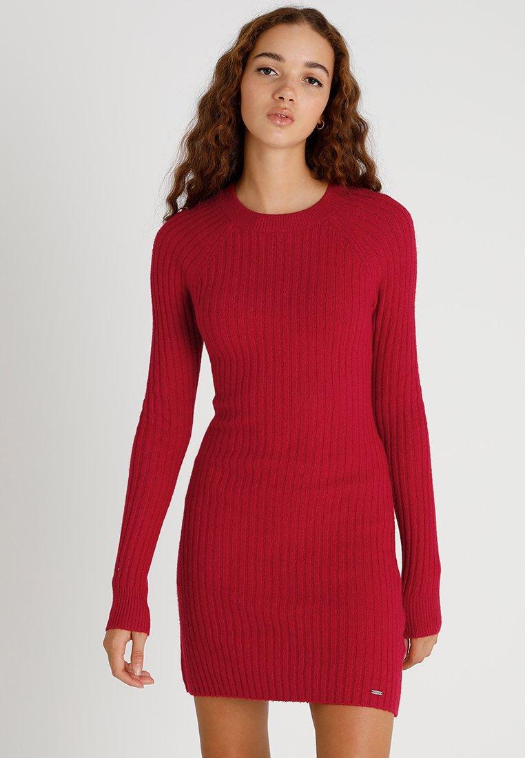 Hollister Co. - DRESS - Etuikjoler - red