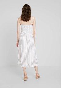 Hollister Co. - MIDI DRESS - Korte jurk - white - 2