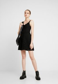 Hollister Co. - DRESS - Vestito elegante - black - 2
