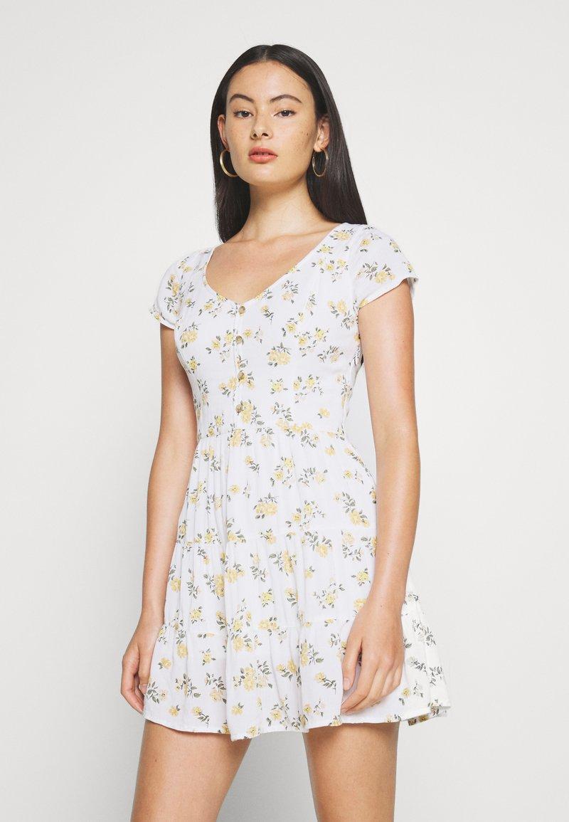 Hollister Co. - TIERED SHORT DRESS - Skjortekjole - white