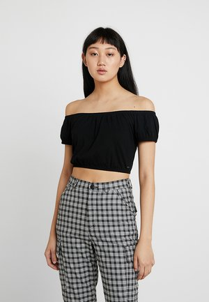 OFF THE SHOULDER ALL OVER SMOCKED CROP - T-shirt med print - black