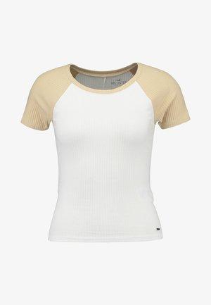 CROP BABY TEE - T-shirt print - tan