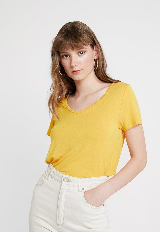 SHORT SLEEVE EASY VEE TEE - Camiseta básica - yellow