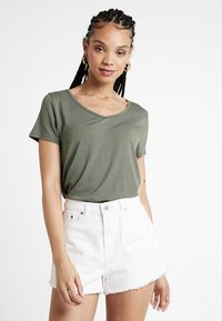 Hollister Co. - SHORT SLEEVE EASY VEE TEE - Basic T-shirt - olive - 0
