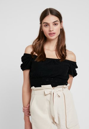 SHORT SLEEVE OFF THE SHOULDER CROP - Printtipaita - black