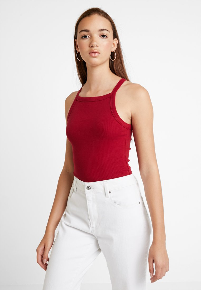 Hollister Co. - SLIM HIGH NECK CAMI - Top - solid rhubarb red