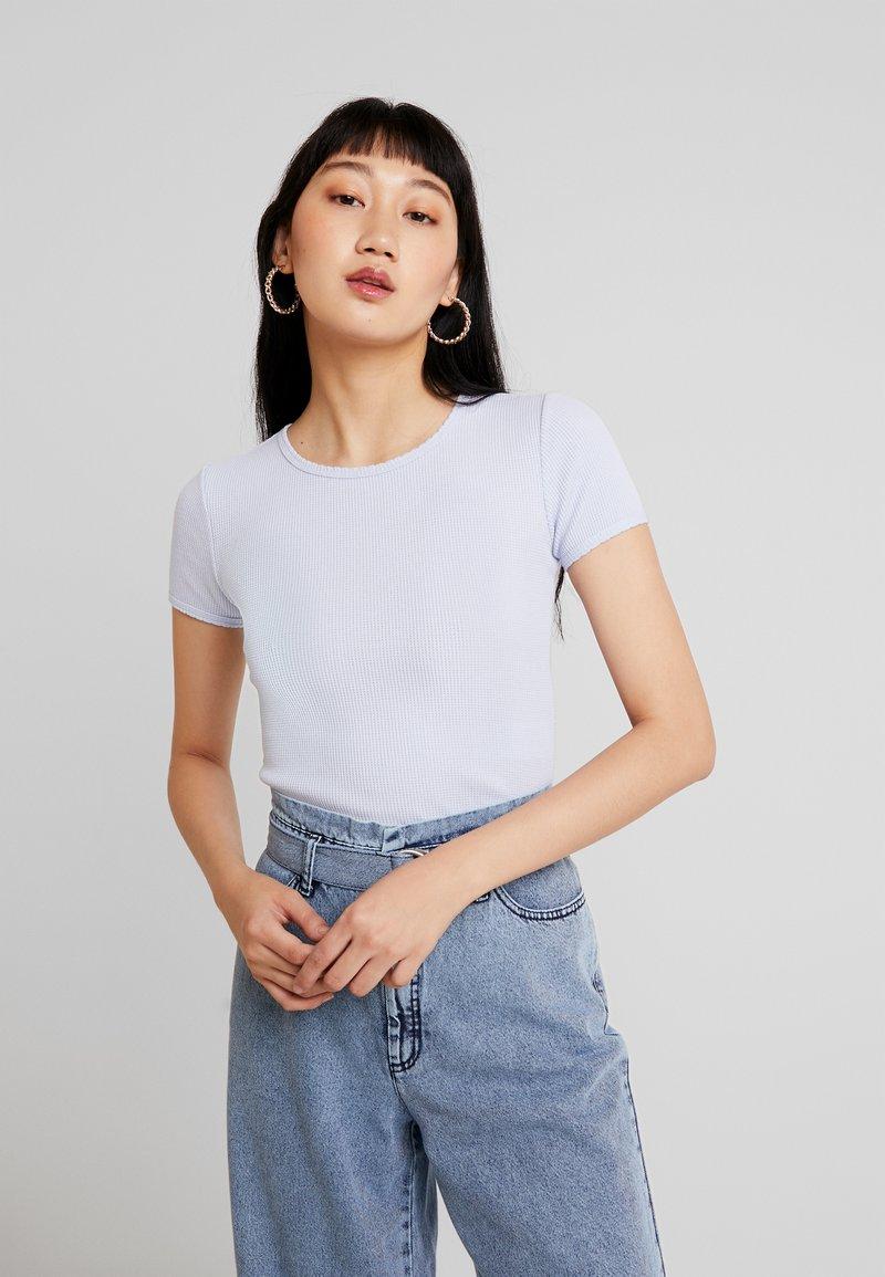 Hollister Co. - CROP WAFFLE BABY TEE - T-shirt imprimé - xenon blue
