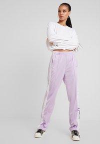 Hollister Co. - LONG SLEEVE BOYFRIEND  - Långärmad tröja - white - 1
