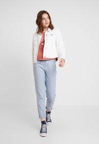 Hollister Co. - LONG SLEEVE DESTINATION - T-shirt à manches longues - pink - 1