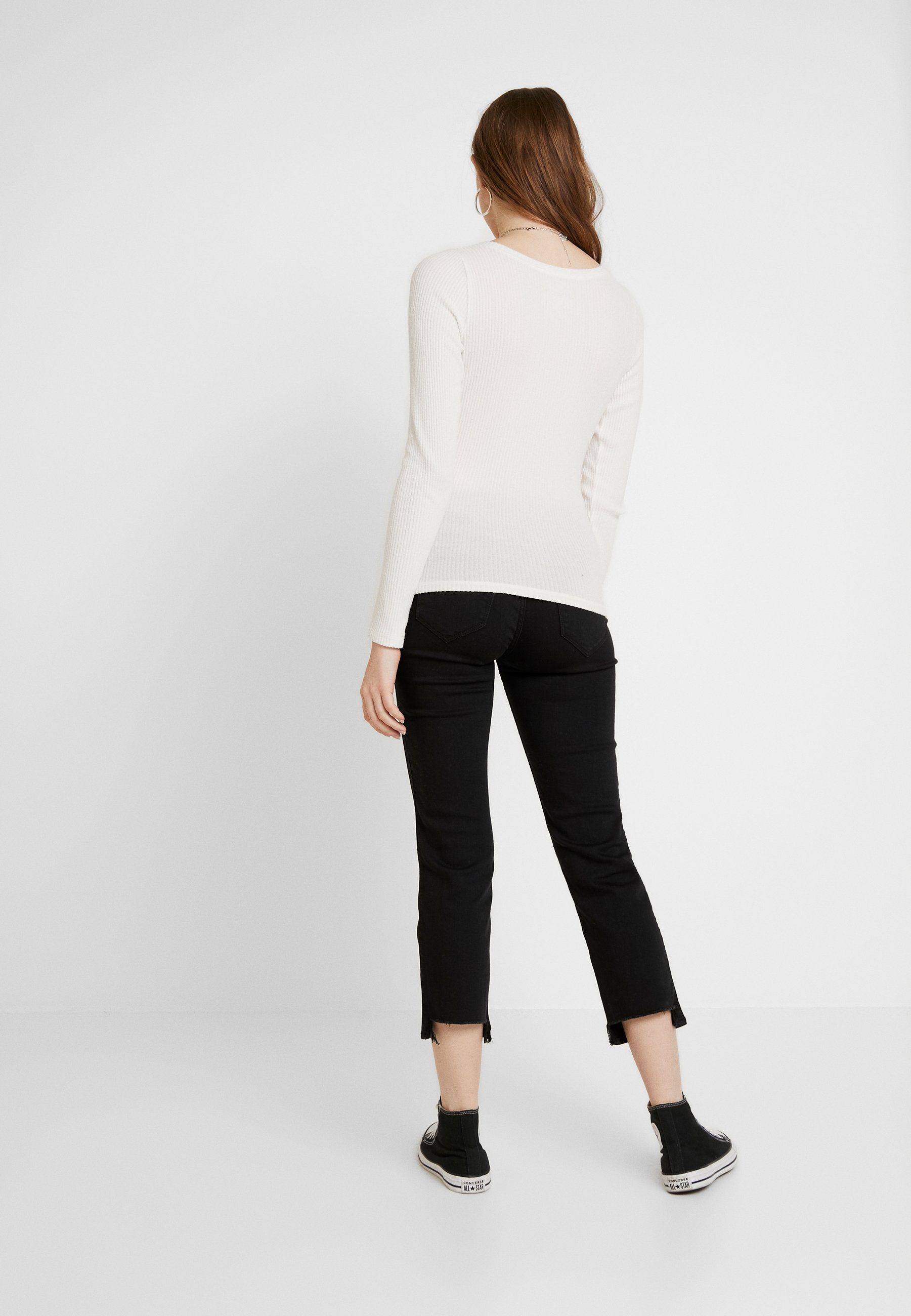 Hollister Co. COZY HENLEY  - Strikkegenser - white