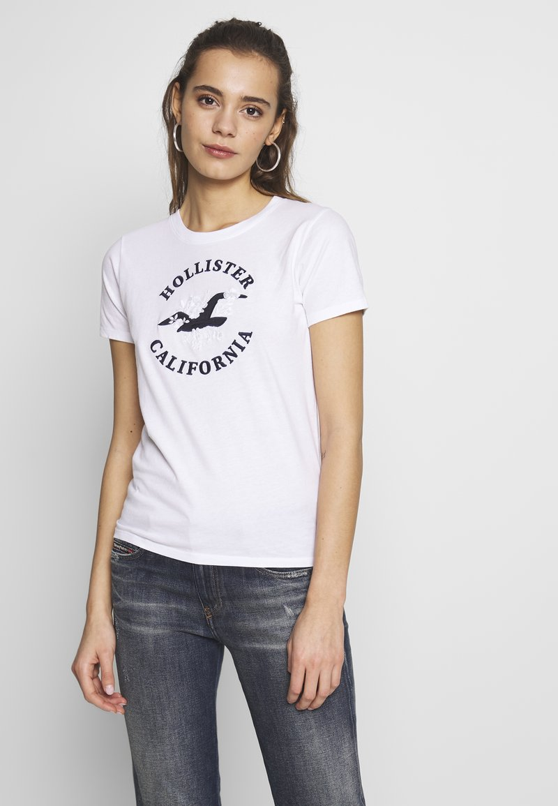 Hollister Co. - INCREMENTAL TECH CORE - T-shirts med print - white