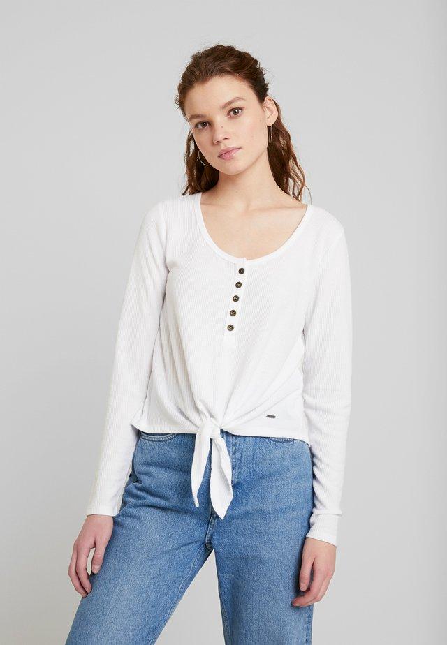 EASY HENLEY TIE FRONT - Långärmad tröja - white