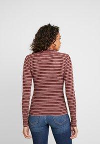 Hollister Co. - SLIM MOCK - T-shirt à manches longues - bordeaux/multi-coloured - 2