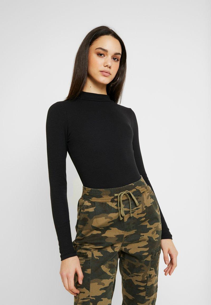 Hollister Co. - SLIM MOCK - T-shirt à manches longues - black