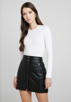 BASIC CREW PICO BODYSUIT - Long sleeved top - white