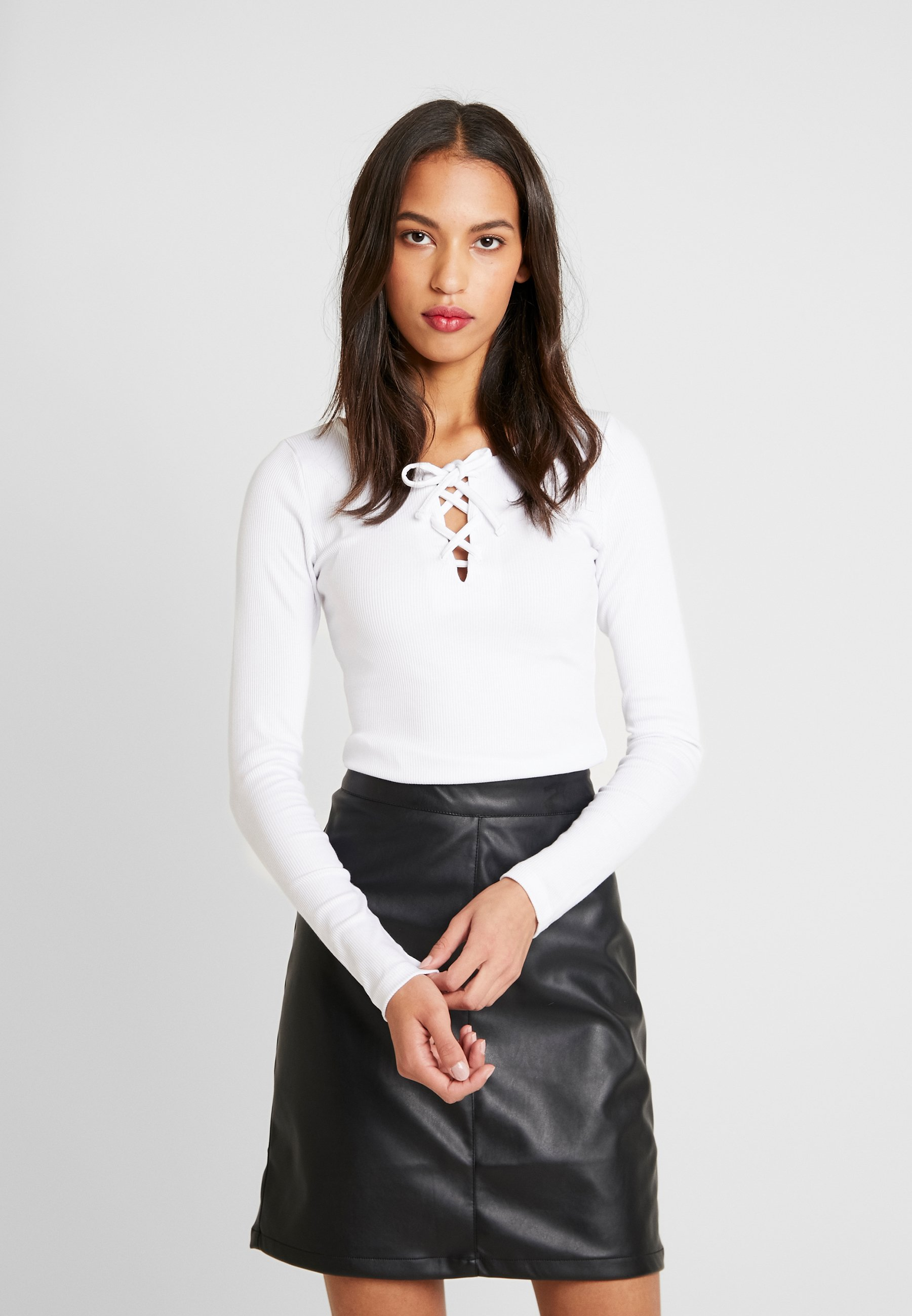 Hollister Co. LONG SLEEVE LACE UP - Topper langermet - white
