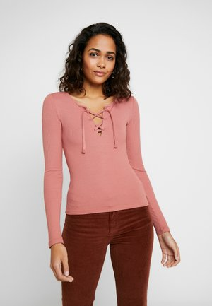 LONG SLEEVE LACE UP - T-shirt à manches longues - canyon rose