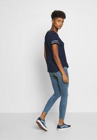 Hollister Co. - Camiseta estampada - navy - 2