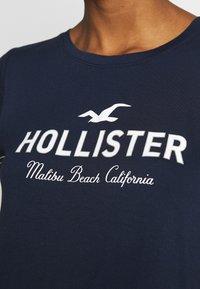 Hollister Co. - Camiseta estampada - navy - 5