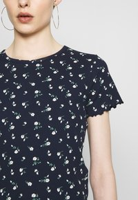 Hollister Co. - LETTUCE BABY TEE - T-shirts med print - navy - 6